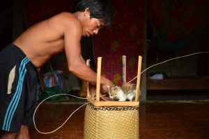 Rattan weaving_resize