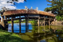Visiting Thanh Toan tile-roofed bridge in Hue