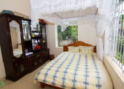 double-room-at-homestay_30533707870_o