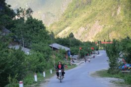 Experience the North of Ha Giang in Comfort