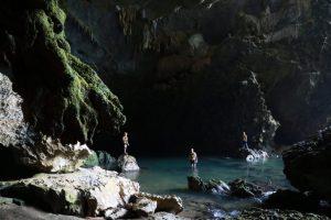 tra ang cave 1
